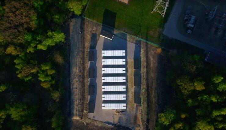 Tesla stellt neues Powerpack-Großprojekt zum Netzausgleich in Europa vor