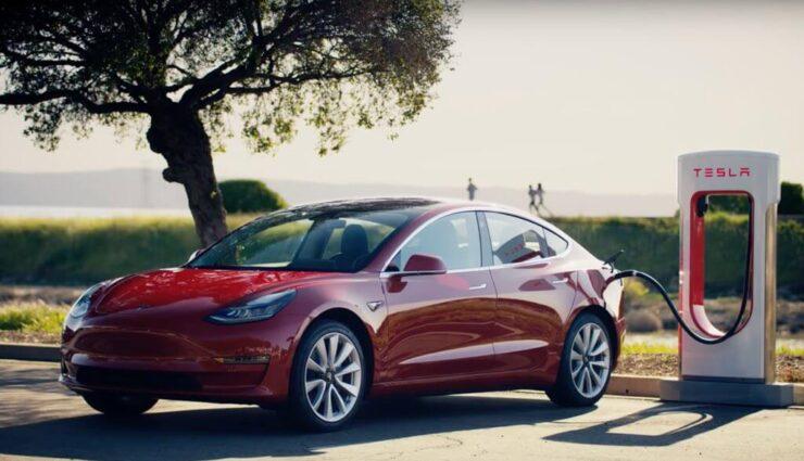 Supercharger der nächsten Generation könnten im Spätsommer enthüllt werden, sagt Musk