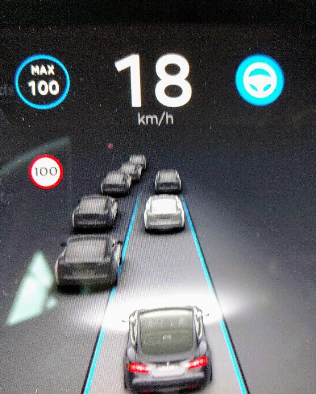 Tesla Veröffentlicht Autopilot-Update 2018.21.9 › Teslamag.de