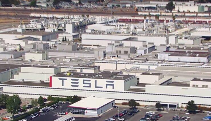 Tesla verlängert 1,1 Milliarden US-Dollar Kreditlinie bei der Deutschen Bank um ein weiteres Jahr