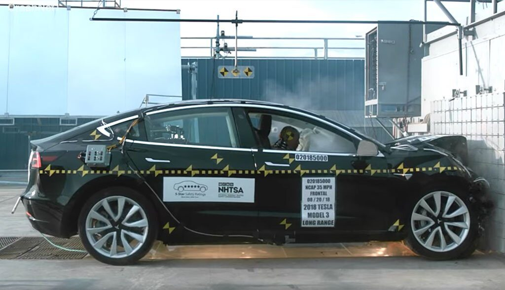 Tesla-Model-3-Crashtest-Videos