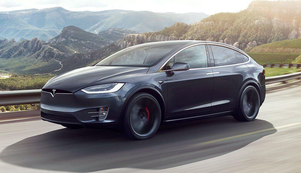 Tesla-Polizei-Basel