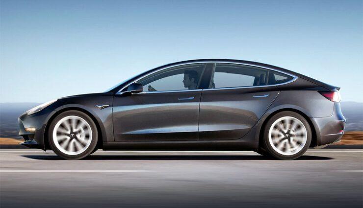 """Tesla erhöht Preis für Model 3 mit """"mittlerer Reichweite"""", Allrad wird günstiger"""