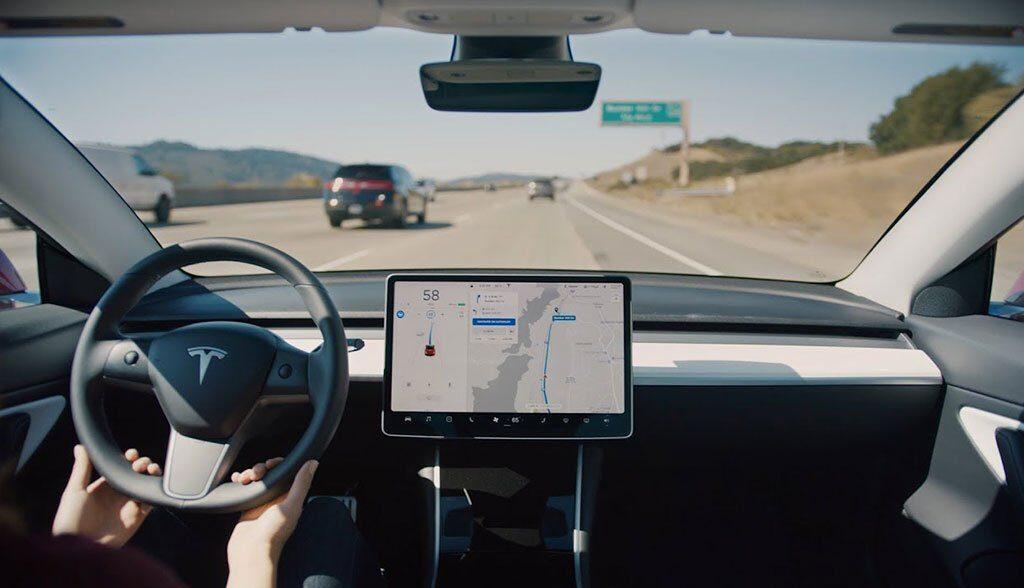 Tesla-Navigate-on-Autopilot-Videos