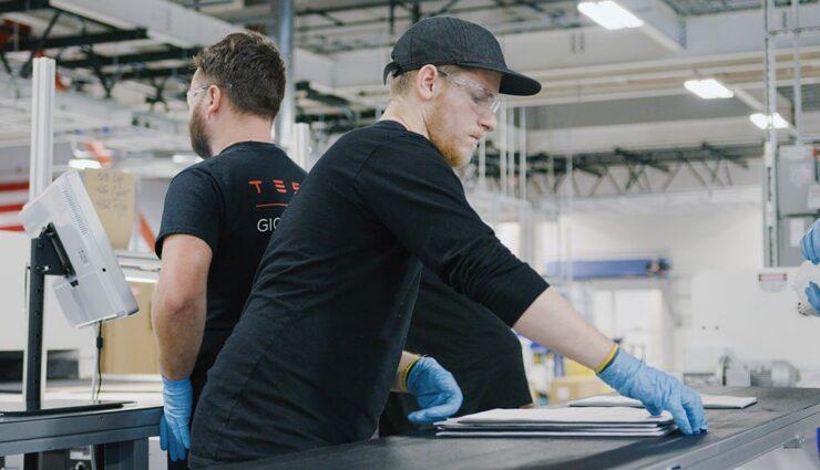 Tesla-Gigafactory-2—2018–17