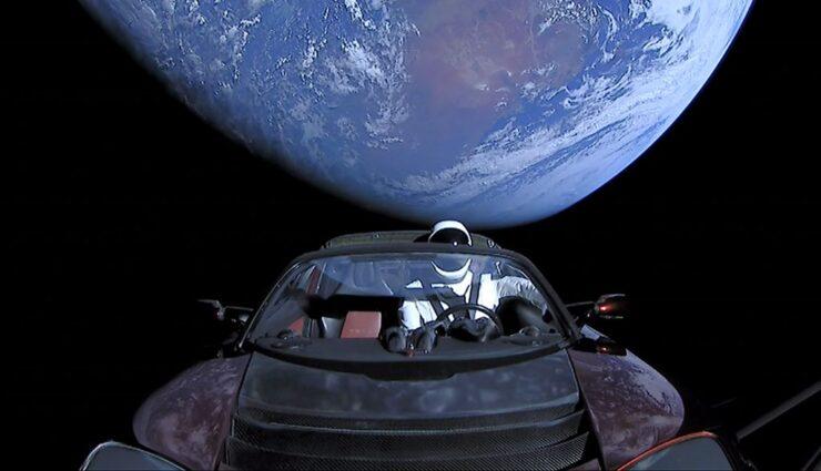 """SpaceX """"Starman"""" und Tesla Roadster jetzt jenseits des Mars"""