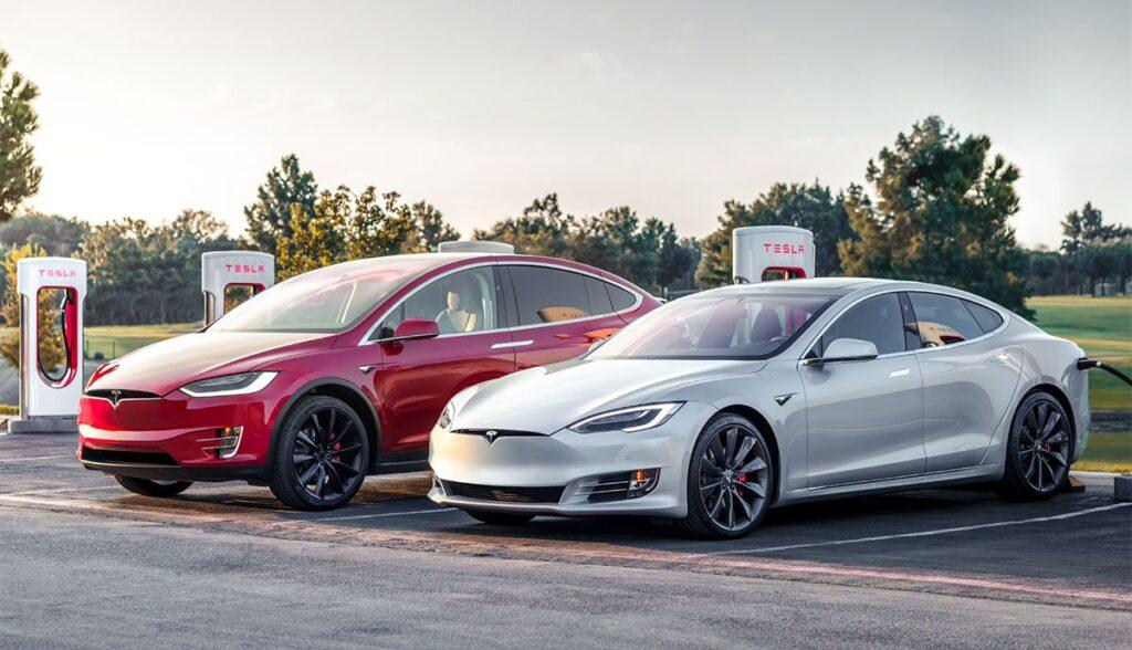 Tesla-Model-S-Model-X
