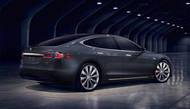 Tesla-Wettbewerbszentrale-Abmahnung