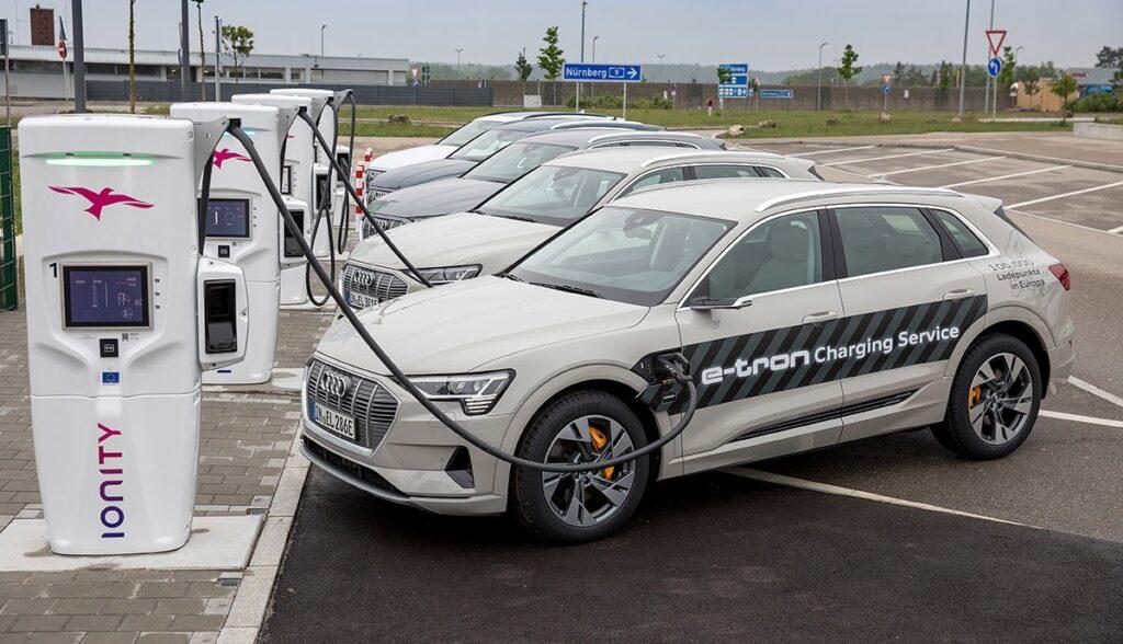 Audi-e-tron-Tesla-Ladezeit