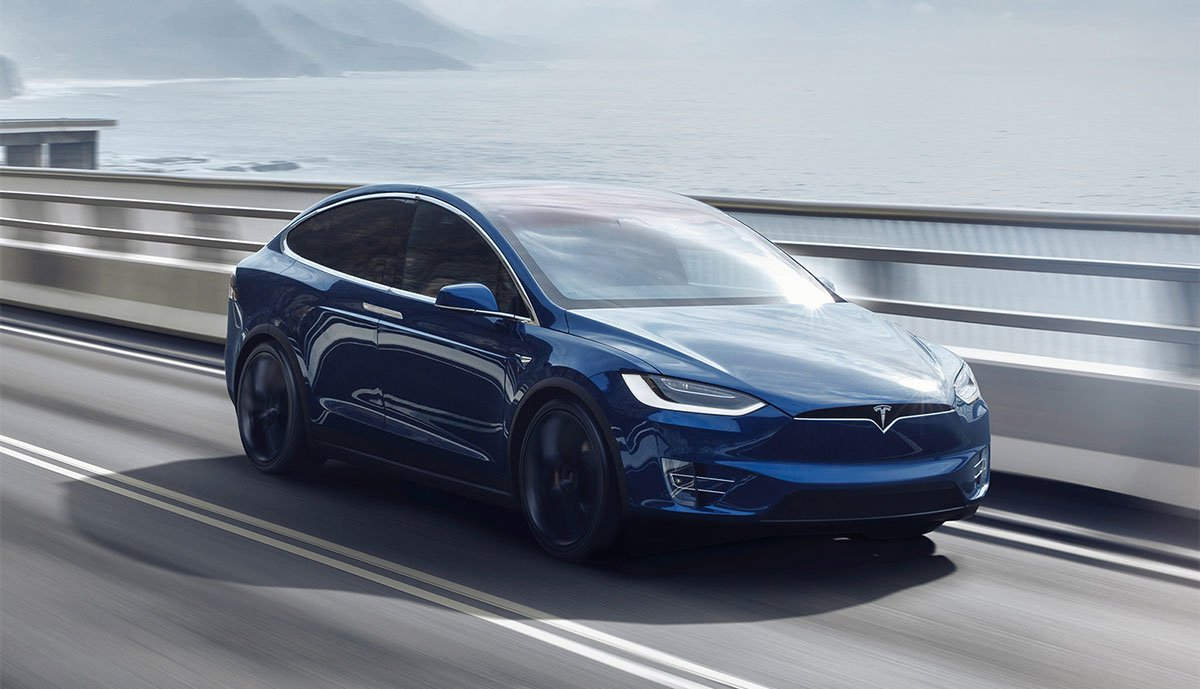 Tesla-Autosteer-Europa