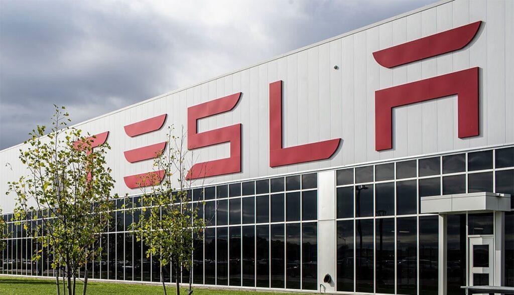 Tesla-Fiat-Chrysler-CO2
