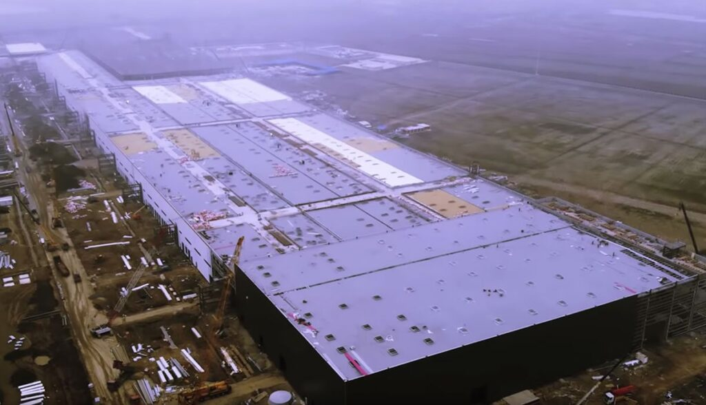 Tesla-Gigafactory-3-in-Shanghai-China-2019