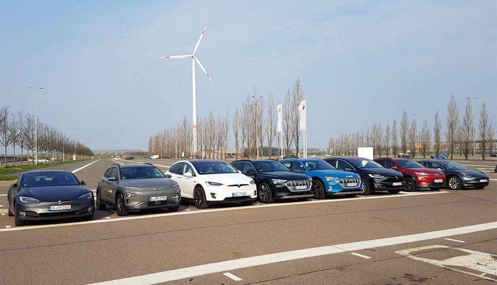Tesla-Model-3-Audi-Hyundai-Test-NextMove-2019-1