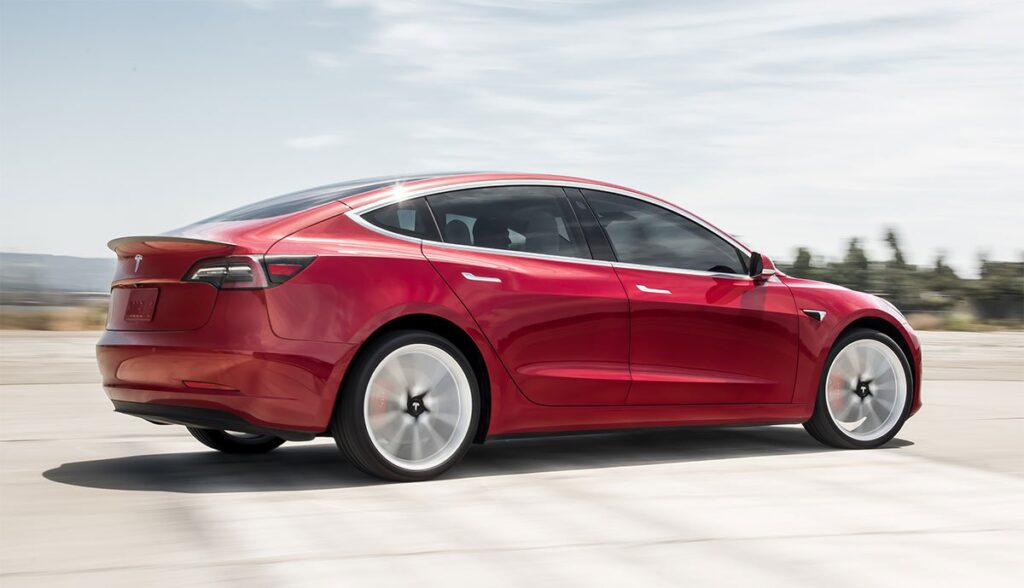 Tesla-Model-3-Test-2019
