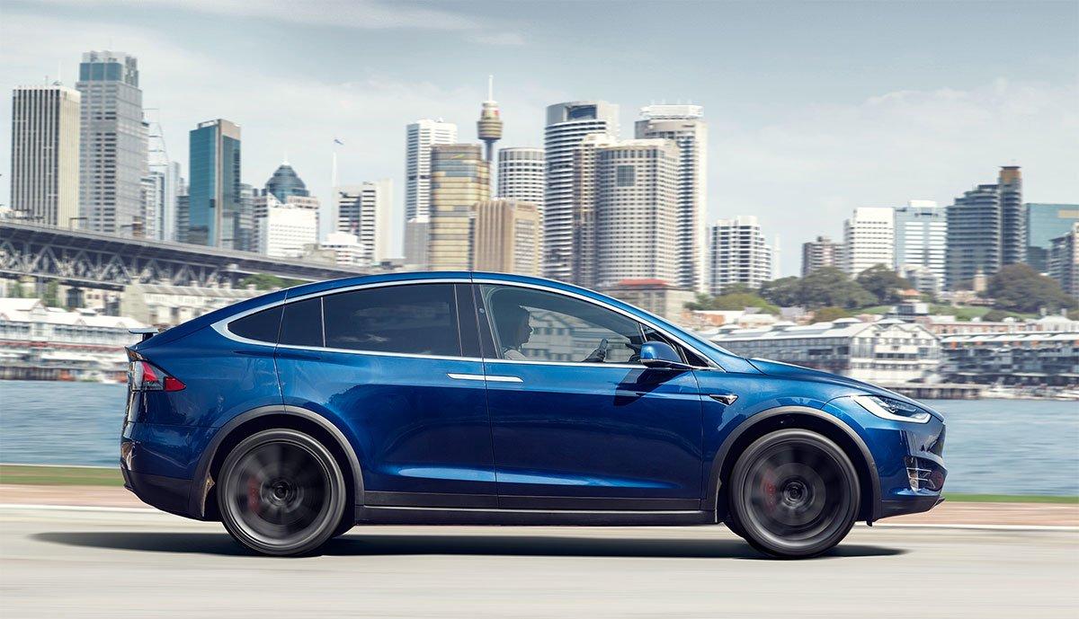 Tesla-Model-X-USA