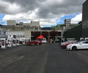 Tesla-Supercharger-Lounge-Schweiz-Dietikon7