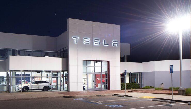 Tesla-Jan-Oehmicke