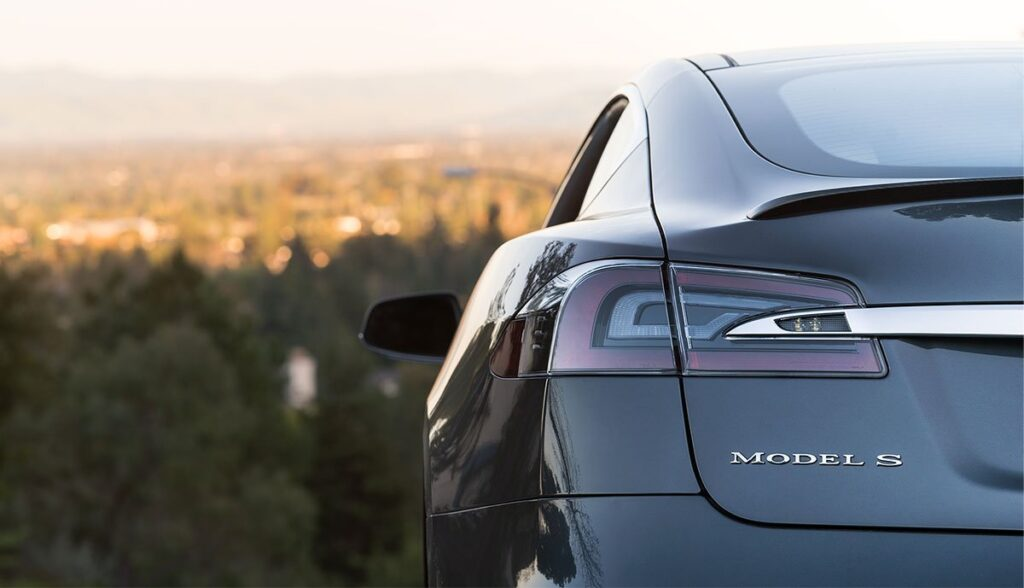 Tesla-Model-S-Kilometerrekord