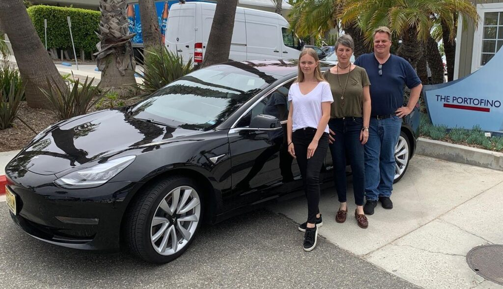 Tesla-Model-3-Rekord-Canonball