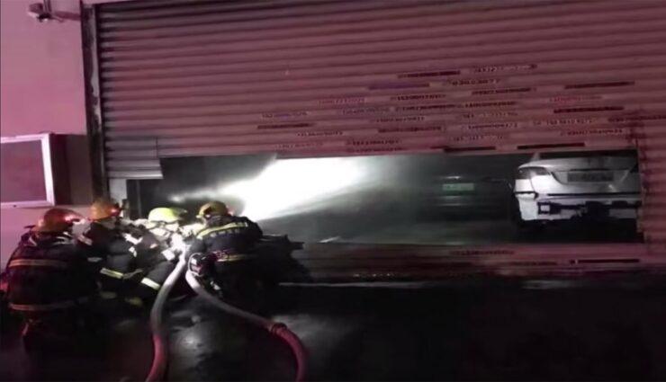 Tesla-Model-S-Feuer-Garage-China