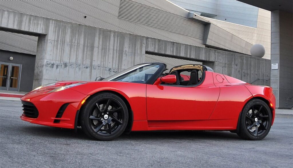 Tesla-Roadster-Werkstatt-Seattle-USA