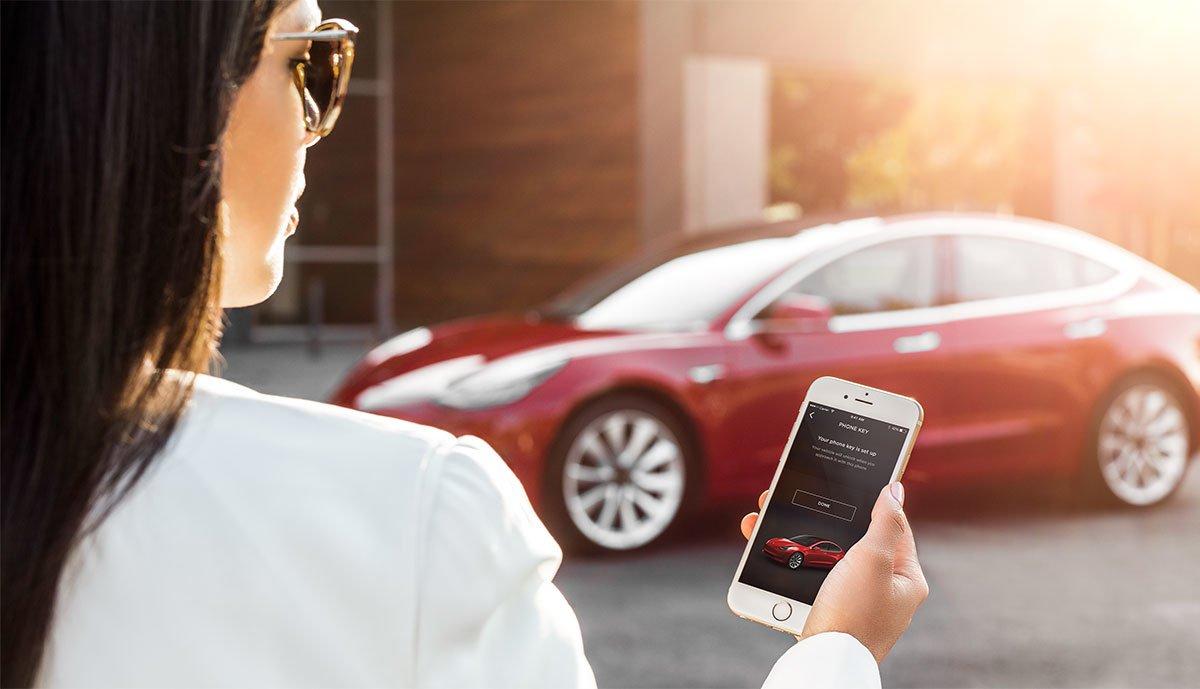 Tesla-Model-3-App