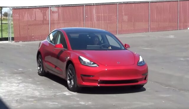 Tesla-Model-3-Warnton-USA