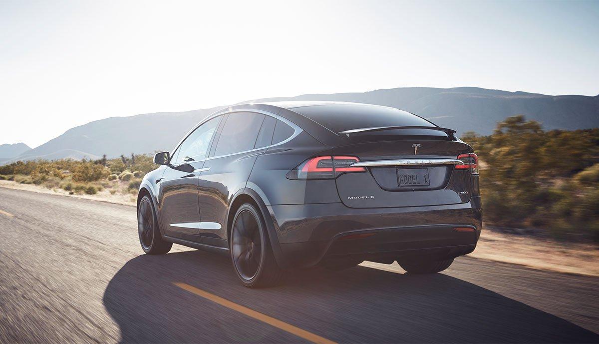 Servo-Probleme bei älteren Tesla Model X möglich > teslamag.de