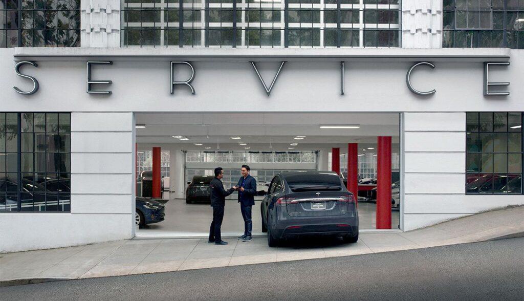 Tesla-Service