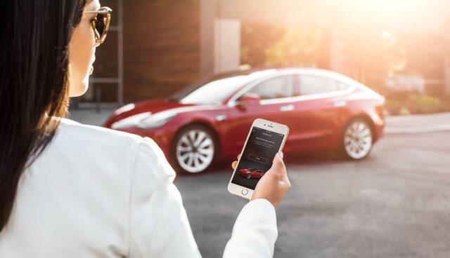 Tesla-Software-V10