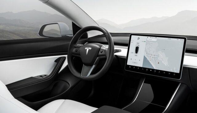 Tesla-Lenkrad