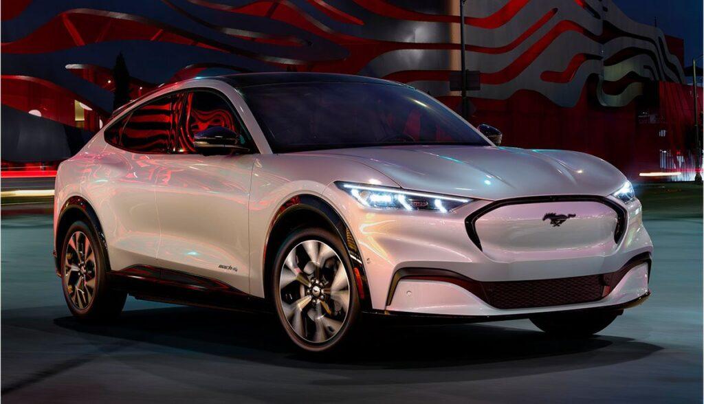 Ford-Mach-E-Tesla