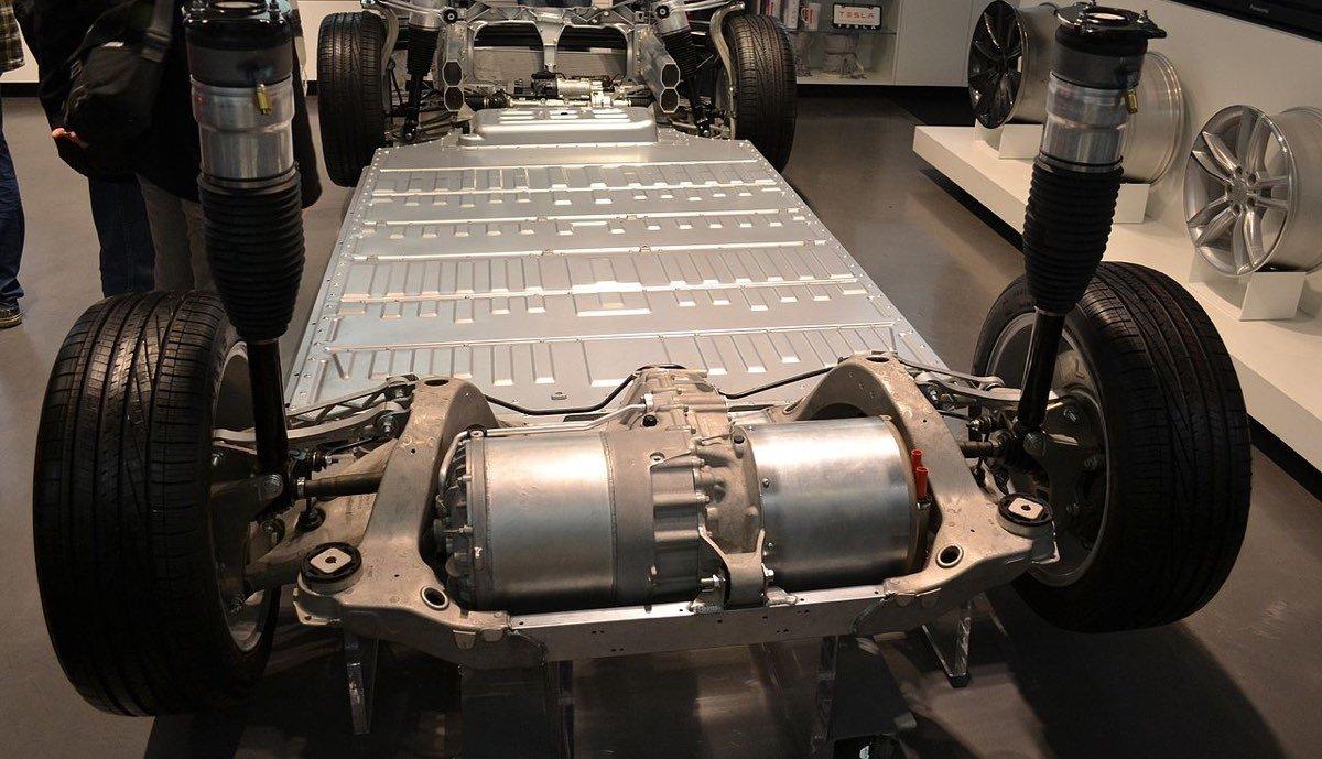 Model S Motoren