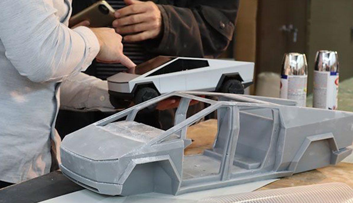 tesla cybertruck modell exoskelett