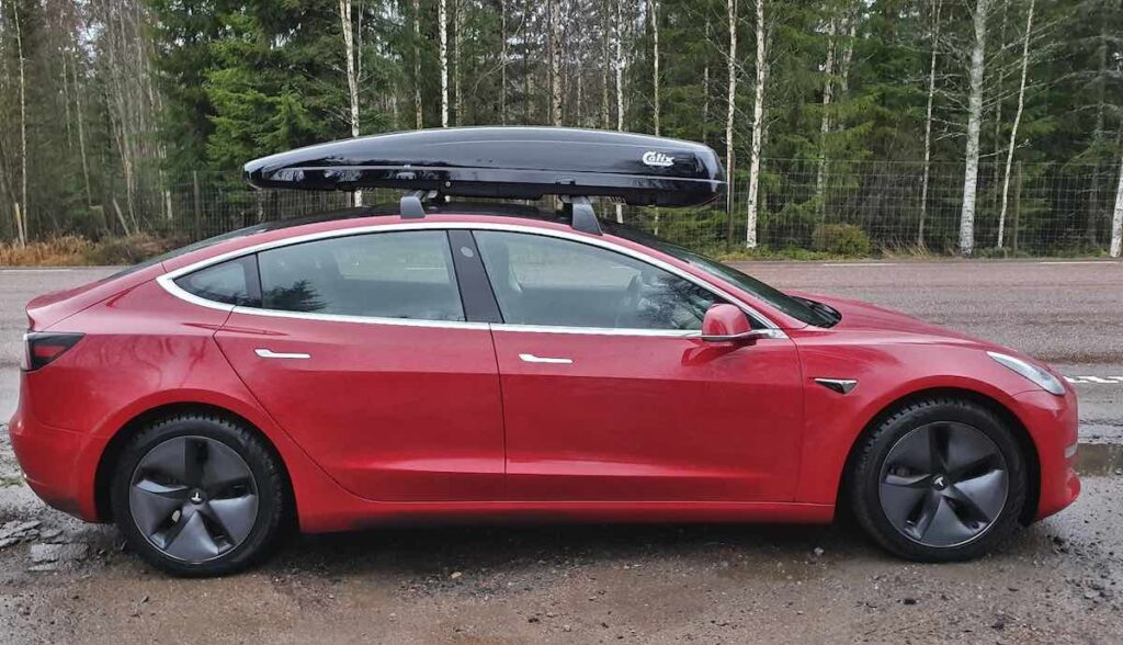 tesla club sweden model 3 dachbox test reverse