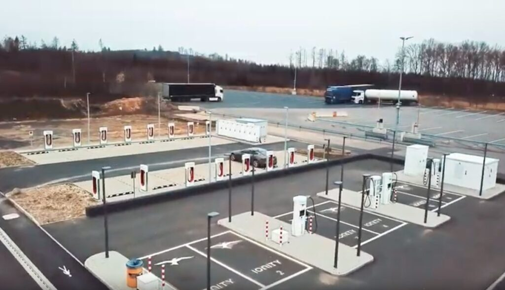 tesla supercharger ionity lutterberg
