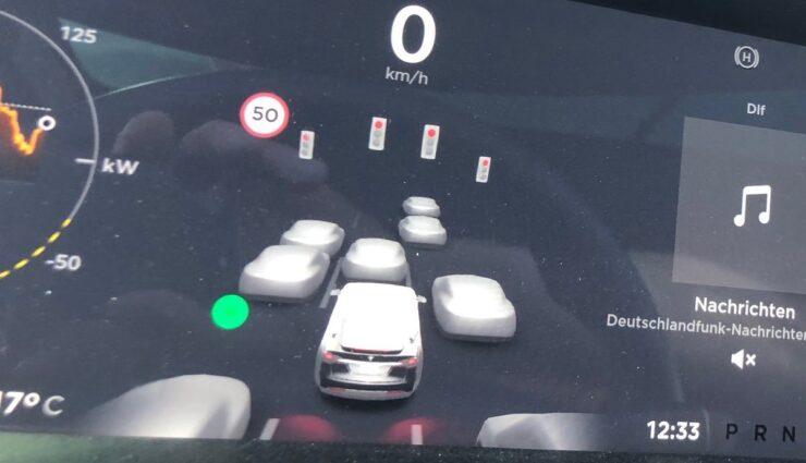tesla model x autopilot fsd ampeln