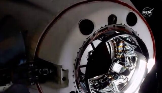 spacex cre dragon iss andocken