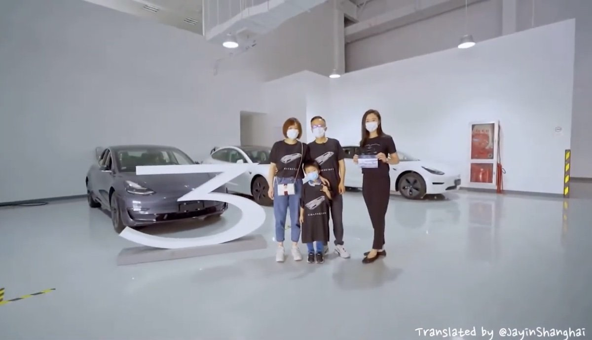 With promotional video: Tesla celebrates handover of the first Model 3 with a large battery from Giga China