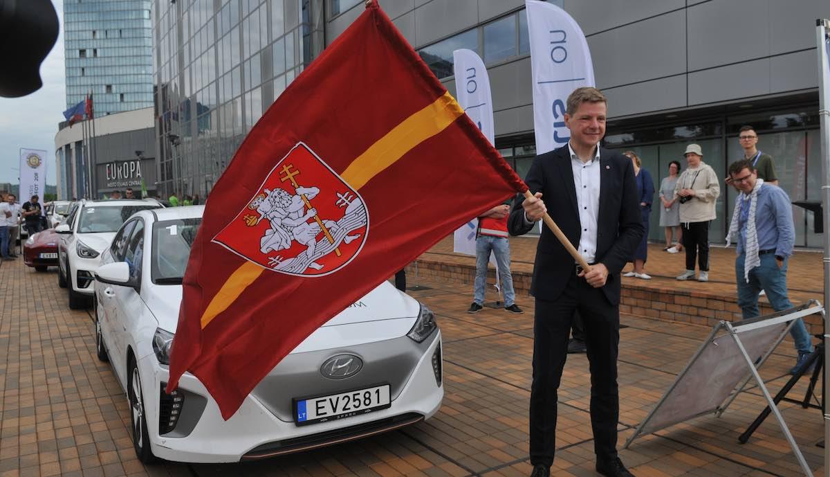 elektroauto rally litauen start