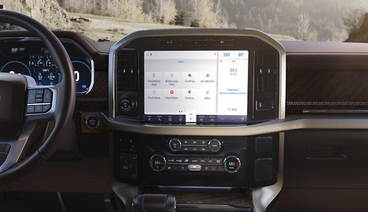 ford f-150 pickup 2021 cockpit