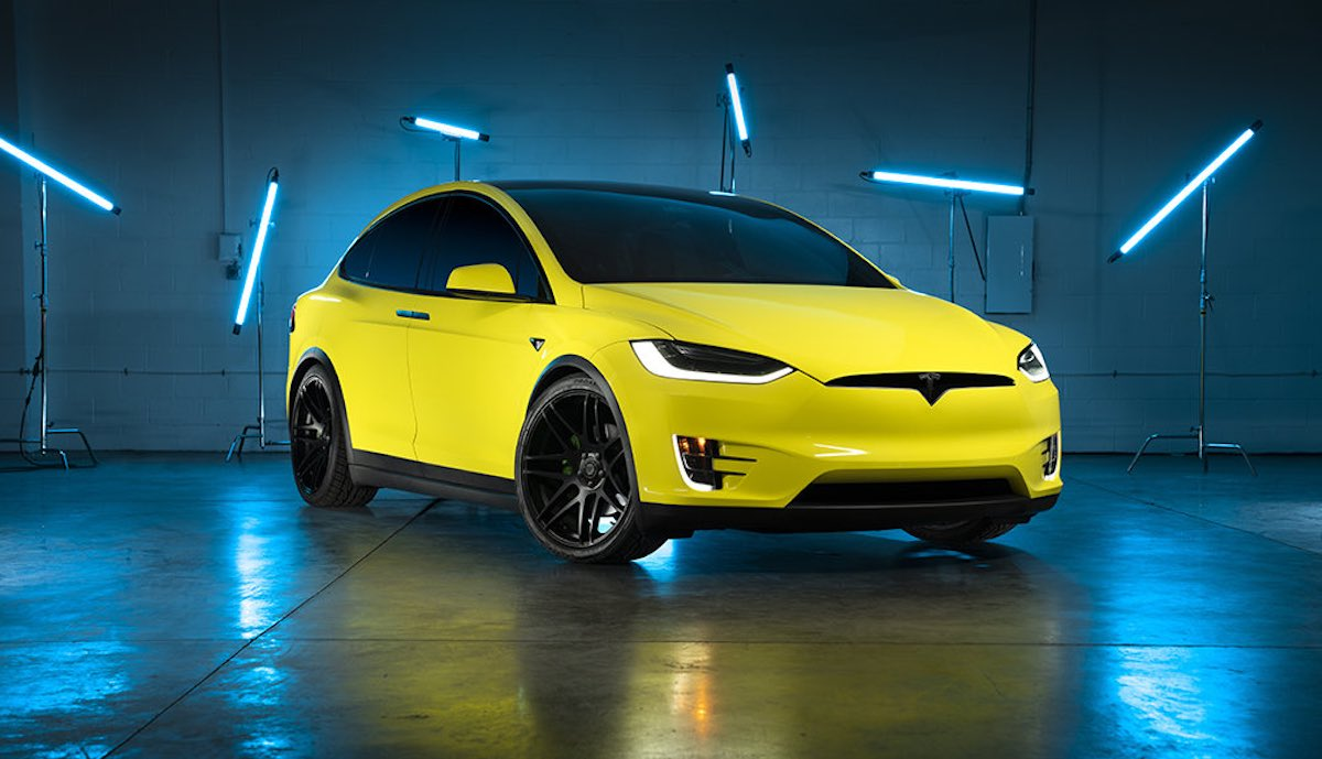 tesla model-x gelb china foliert