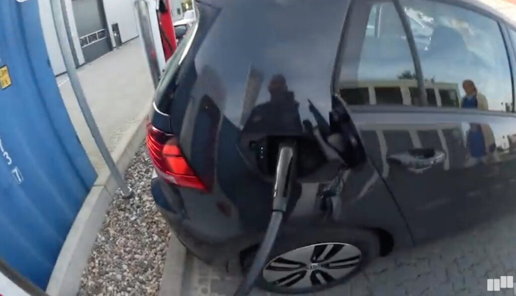 tesla v3 supercharger braak e-golf