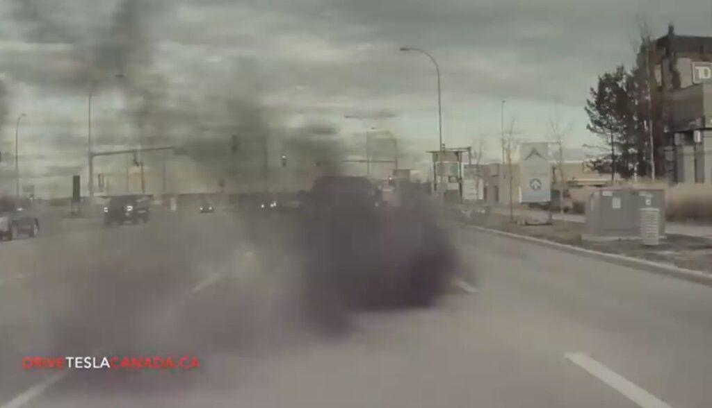 tesla model-3 coal rolling kanada