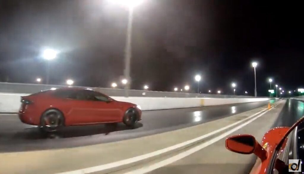tesla model-s ferrari f8 tributo drag