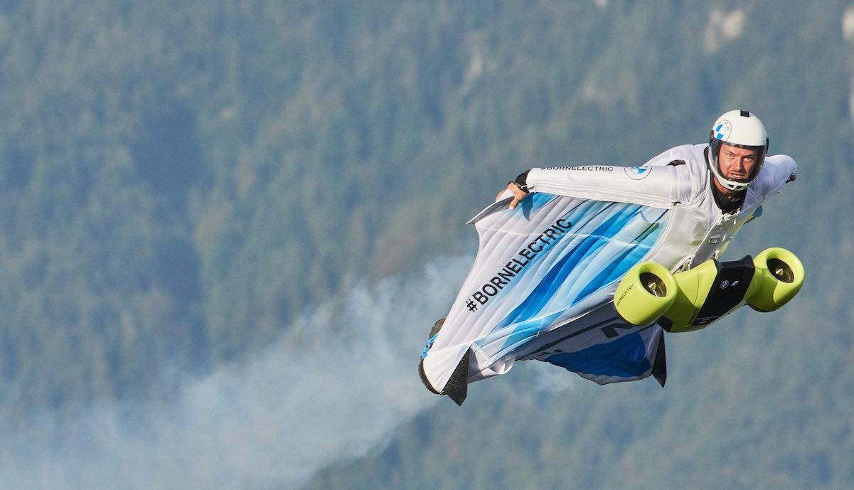bmw elektroauto division wingsuit impeller
