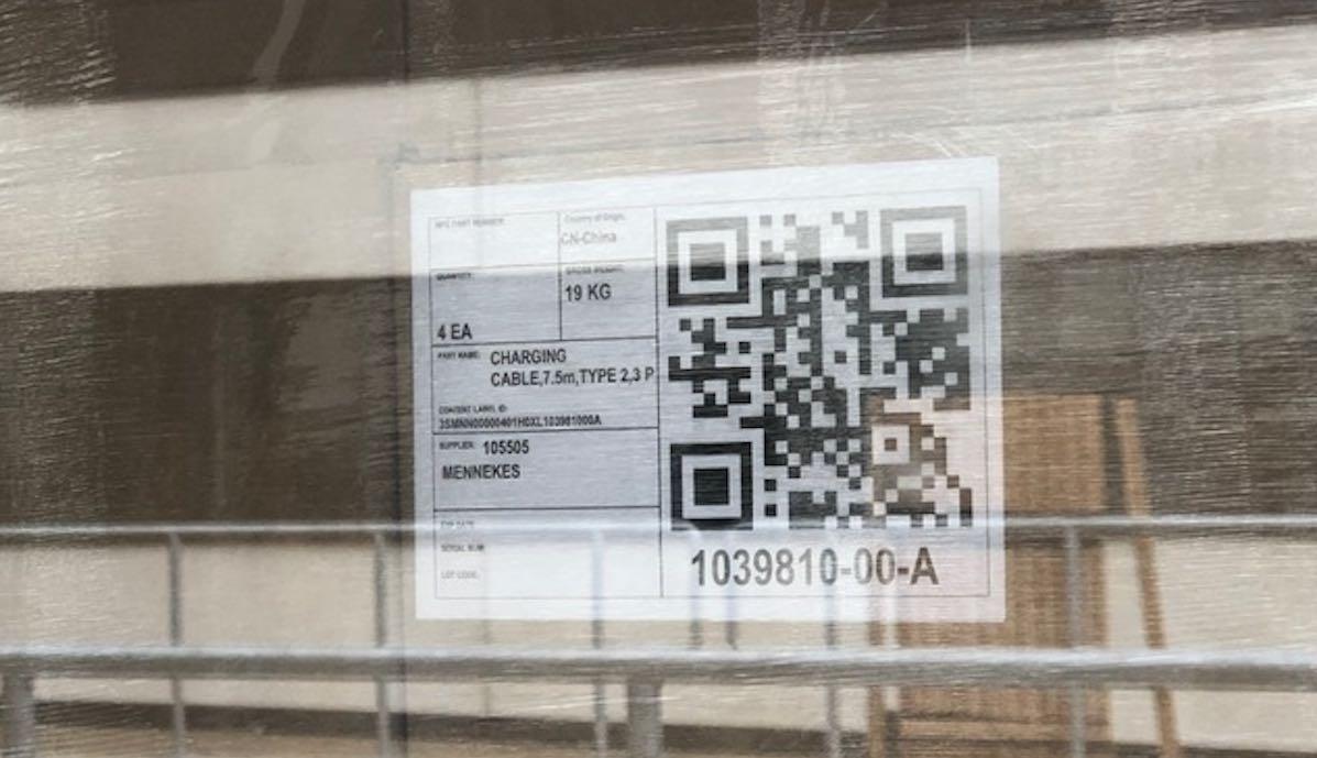 tesla auslieferung duesseldorf segro etikett mennekes