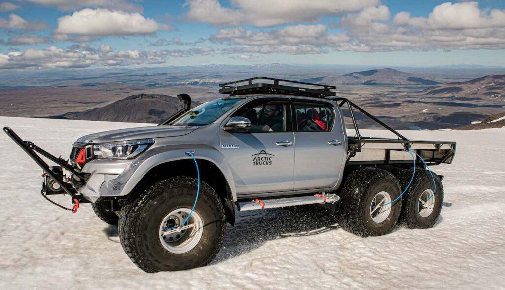 arctic trucks arktis expedition