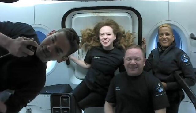 spacex dragon innen inspiration4 mission