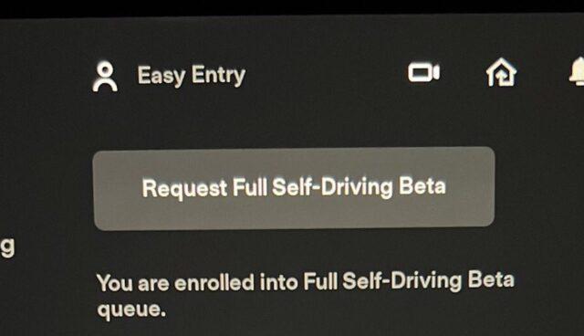 tesla autopilot 2021.32.22 fsd beta button